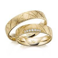 Rubin Trauringe Eheringe 1607 Gelbgold Gold strukturiert kristallmatt