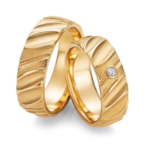 Ruesch Trauringe Gelbgold 66/52110 & 66/52120 Eheringe Gold strukturiert